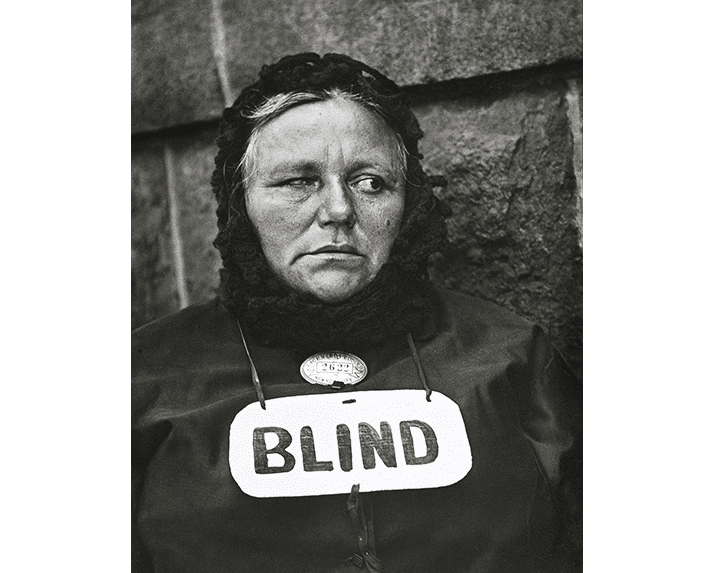 Paul Strand Blind Woman, New York, 1916.