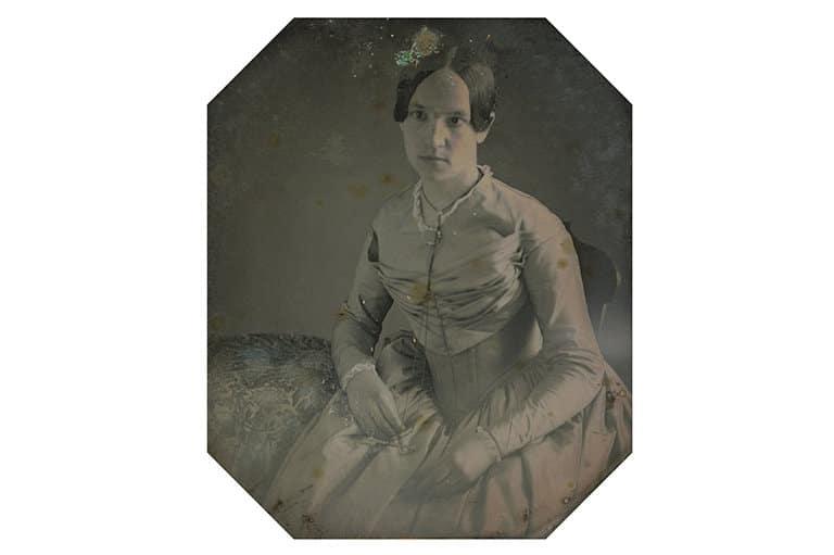 Unknown Maker Portrait of a Woman, c.1845-1855 Daguerreotype, 1/6  plate CRDI. Ángel Fuentes de Cía Collection