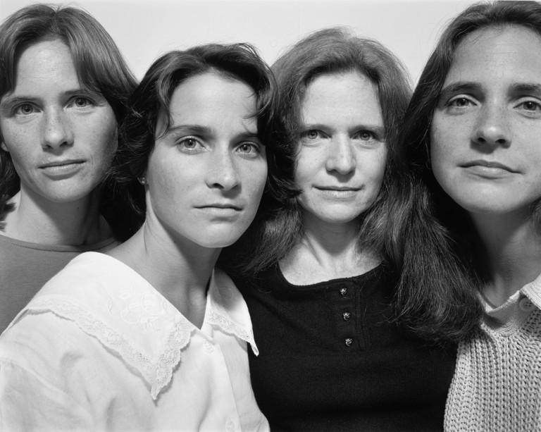 Nicholas Nixon The Brown Sisters, 1986. © Nicholas Nixon. Col. Fundación MAPFRE
